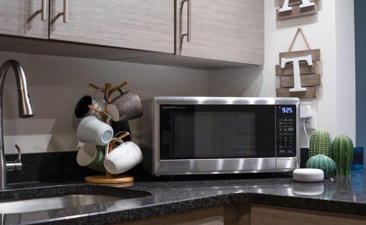 Countertops-Microwave-Oven